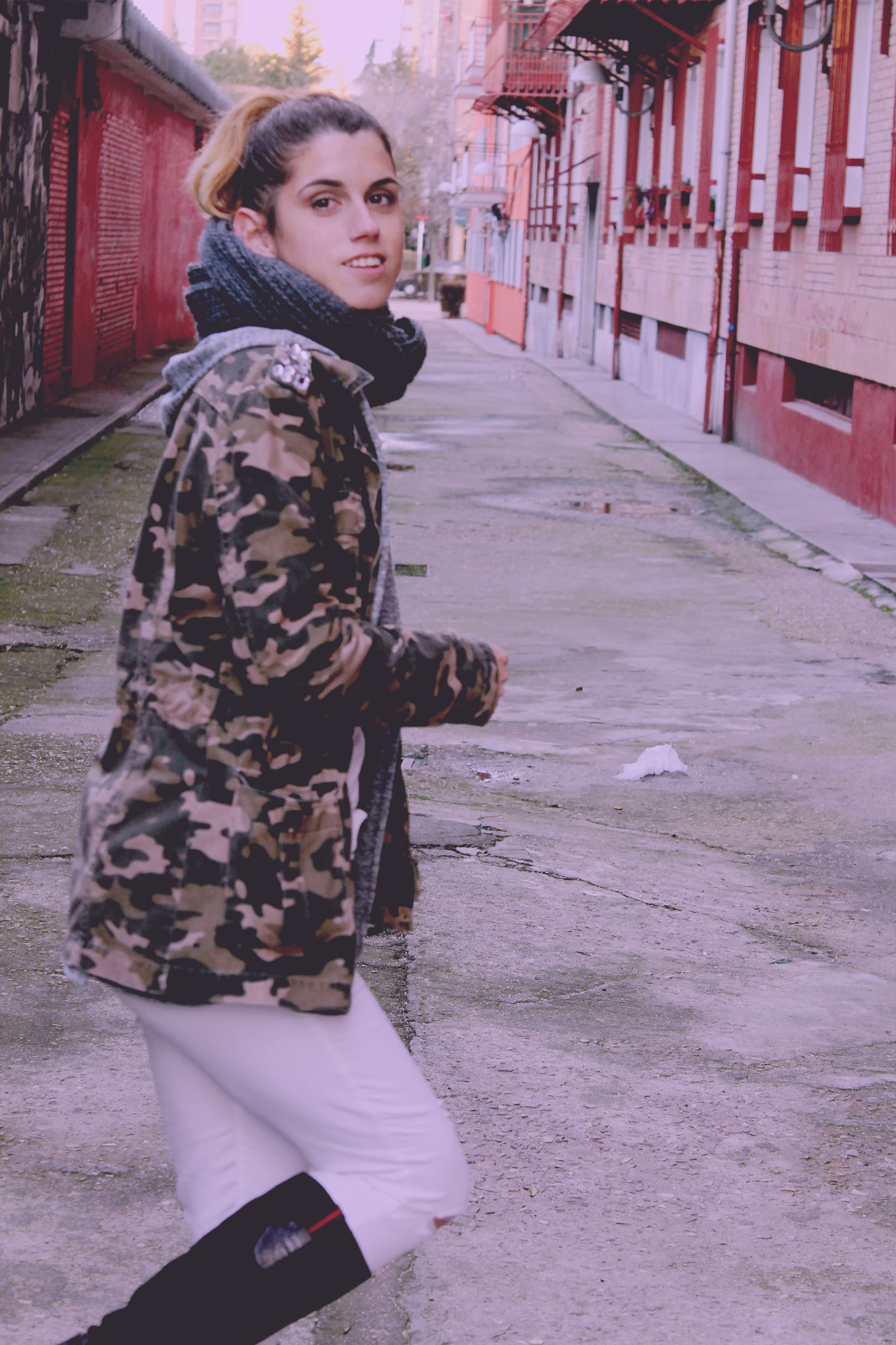 he decidido volver a utilizar una chaqueta militar que ha sido mi favorita durante mucho tiempo,